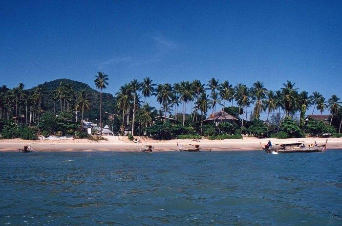 Krabi_Ao_Nang_Beach