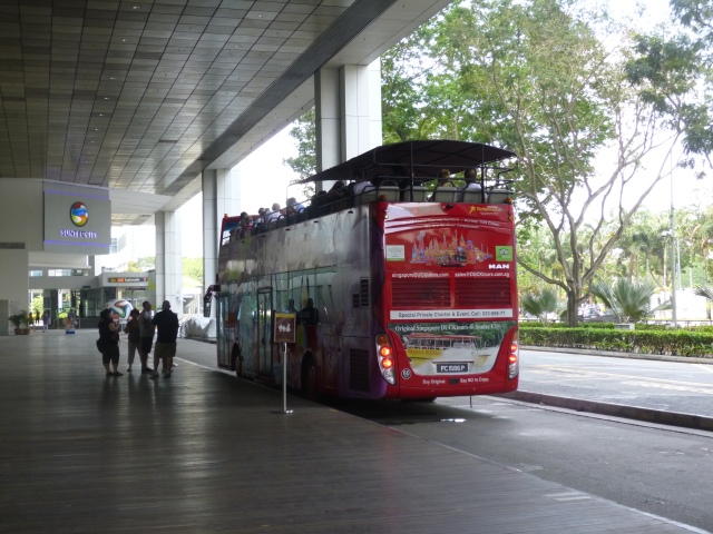 Heritage Bus route. City Sightseeing Bus Tour in Singapore