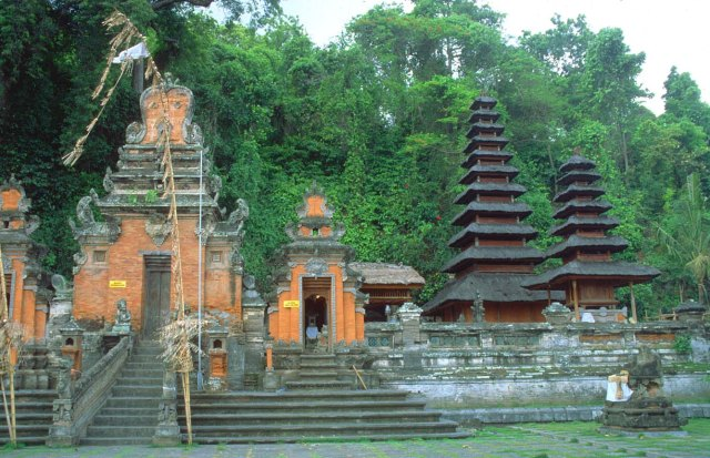 Goa Lawah Temple, Top 10 Best Temples to Visit in Bali.