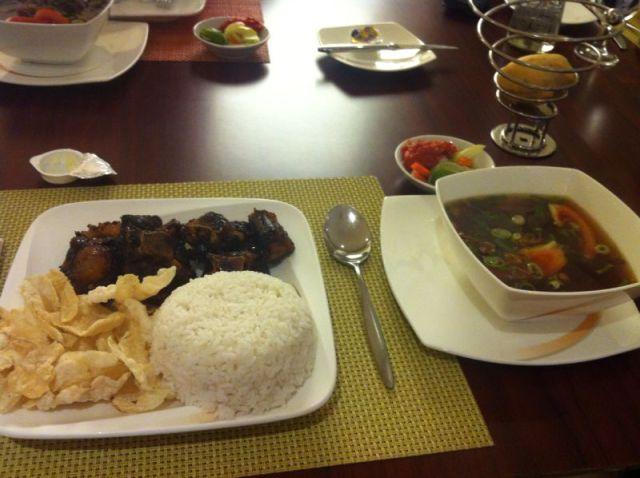 Sop Buntut Jakarta. Top 10 best Indonesian food.