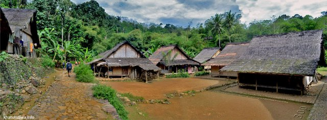 Top 5 Best Jakarta Getaways. Baduy Village - Courtesy of Khatulistiwa.