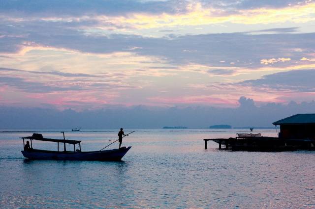 Top 5 Best Jakarta Getaways. Sunrise at  Thousand Islands.