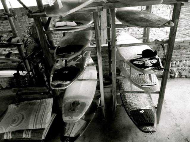 Parangritis beach - Yogyakarta. Renting Surfboards.